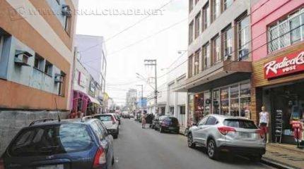 Os estabelecimentos do comércio de rua não vão abrir no feriado de segunda-feira, dia 12 de outubro, em Rio Claro