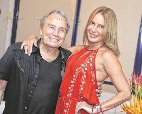O ator Stênio Garcia e sua esposa Marilene Saade tiveram imagens íntimas divulgadas na internet durante a semana