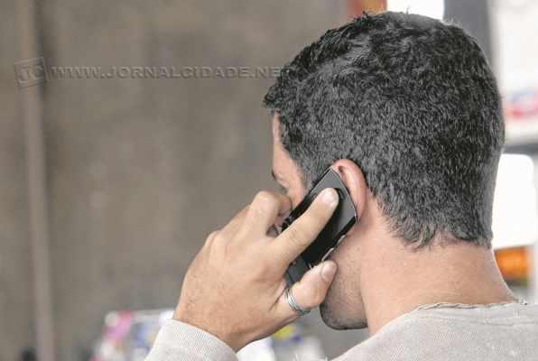 Procon de Rio Claro registrou 62 reclamações contra o serviço de telefonia celular no mês de setembro (foto Agência Brasil)