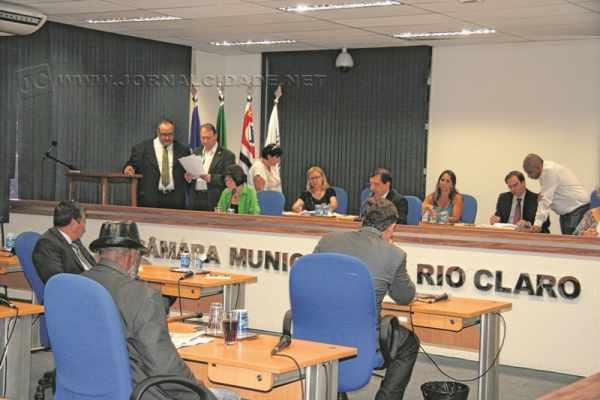 Devido ao feriado de Finados, a reunião semanal dos vereadores aconteceu, excepcionalmente, na última terça-feira (3)