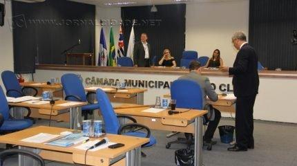 A sessão ordinária do Legislativo está prevista para a segunda-feira, 17h30, na Câmara Municipal