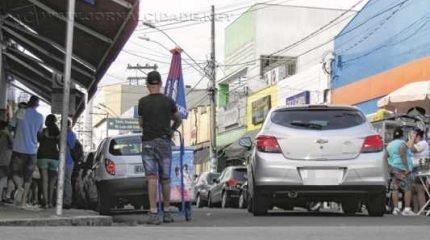 COMÉRCIO: lojistas consultados pela entidade acharam melhor não interditar o trânsito na Rua 3, na região central
