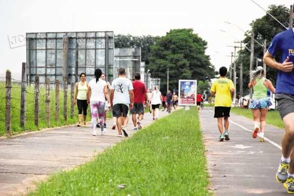 Nesta época do ano, com o calor e Horário de Verão, o número de praticantes de atividades físicas aumenta gradativamente