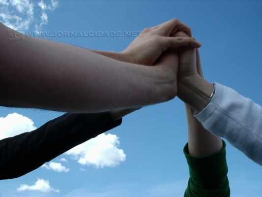 Força, relatos, diálogos e ajuda mútua são o diferencial do Narcóticos Anônimos