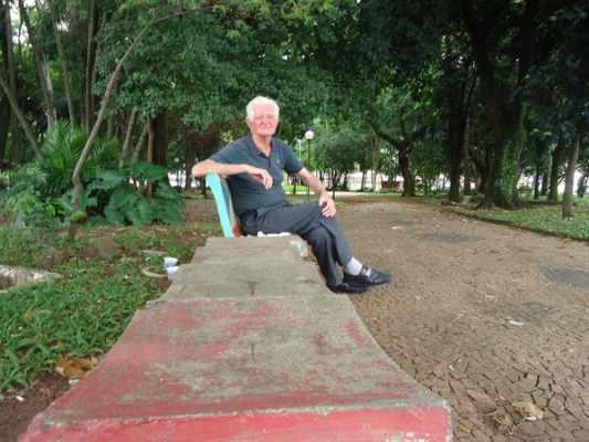 O aposentado Norival Christofoletti se recorda com saudades do seu amigo Benedito Leite Lima e apontado como sendo o principal responsável por cuidar (por conta própria) da limpeza e manutenção
