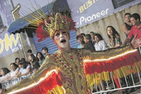 A Unidos da Vila Alemã aborda a história da agricultura no desfile do Carnaval 2016