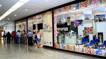 Posto de venda de ingressos para o Carnaval 2015 no Shopping Center de Rio Claro