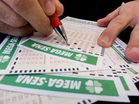 Mega-Sena da Virada 2015 teve mais de 177 milhões de apostas