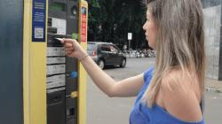 Andréia utiliza frequentemente o parquímetro que fica no cruzamento da Rua 3 com a Avenida 2, no Centro de Rio Claro