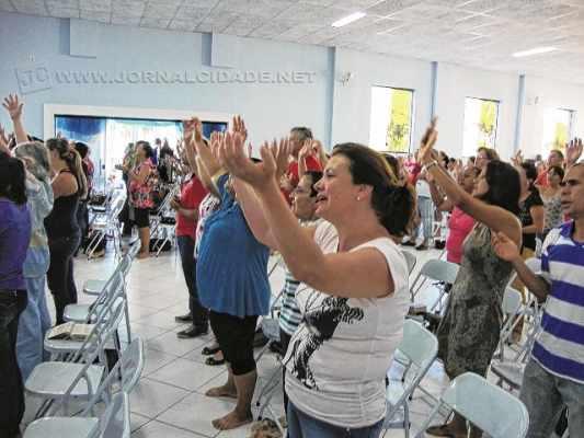 As atividades durante o rebanhão envolvem adoração, louvor, pregações e testemunhos de pessoas da comunidade