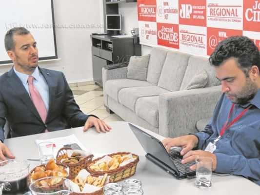 O juiz Cláudio Luís Pavão – titular da 4ª Vara Cível, assume a função de diretor do Fórum no biênio 2016/2017. Ele substituiu a juíza Cyntia Andraus Carretta e concedeu entrevista ao Grupo JC