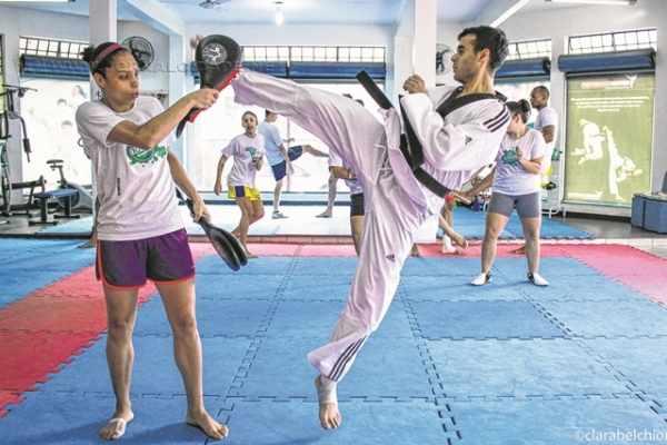 Federico durante treino com a atleta Talita Djalma, que também disputa uma vaga olímpica