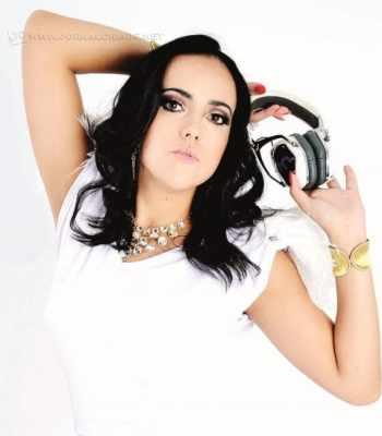 A DJ Andreza Mattos é atração no GG