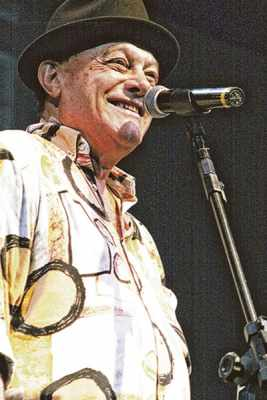 Aos 81 anos, Germano Mathias lança um novo álbum e canta seus 60 anos de carreira em Rio Claro