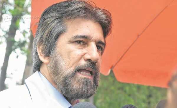 O senador Valdir Raupp (PMDB), aliado do vice-presidente Michel Temer, sugeriu a realização de nova eleição (foto: E. Fiúza/ Ag Brasil)