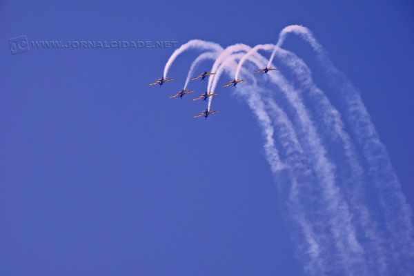 Exibição aérea que aconteceu na Festa Aviatória realizada na cidade de Piracicaba em 2012 - Foto: Adilson Franco Cardoso