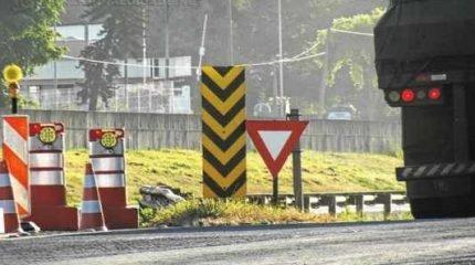 Artesp diz que concessionária responsável pelas obras reforçou a sinalização no trecho. No entanto, motorista atenta para reforço de placas em trecho posterior às obras