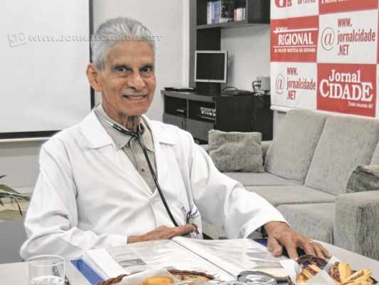 Dr. Velasco em entrevista concedida ao Café JC, em 2015