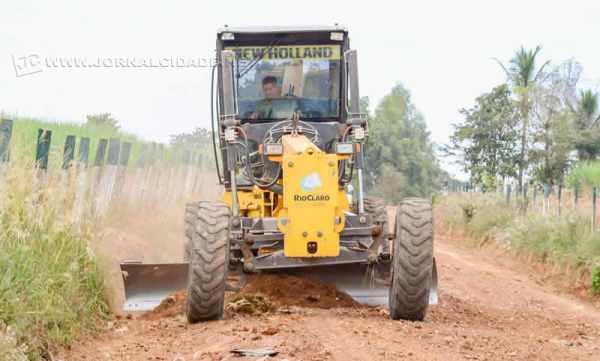 A região cortada pela Estrada do Sobrado tem bom fluxo de veículos