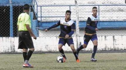 Em jogo-treino no Estádio Augusto Schmidt Filho na última quarta-feira (22), o time de Leme levou a melhor; placar 1X0