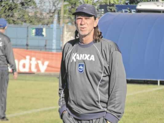 OLHOS NO FUTURO: Sérgio Guedes e equipe buscam nova vitória nesta quarta-feira (27) em Rio Claro