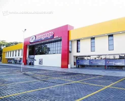 Sebastião Savegnago ressaltou o investimento feito na nova loja da rede em Rio Claro