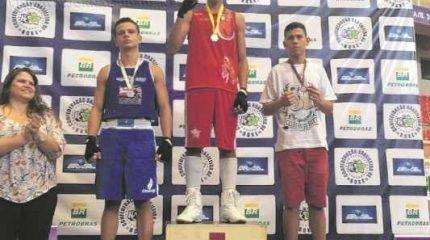 Recém-chegado da Itália, Kauê 'Baby Bull' Belini – que já havia participado de um brasileiro – conquistou a inédita medalha de ouro