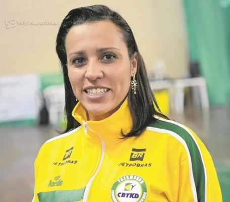 A esportista também está escalada para carregar a Tocha Olímpica no próximo dia 20 durante a passagem da pira por Rio Claro