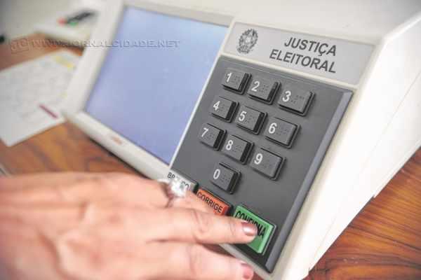 Pela resolução eleitoral do Tribunal Superior, a propaganda eleitoral ao pleito que se aproxima é permitida a partir de 16 de agosto