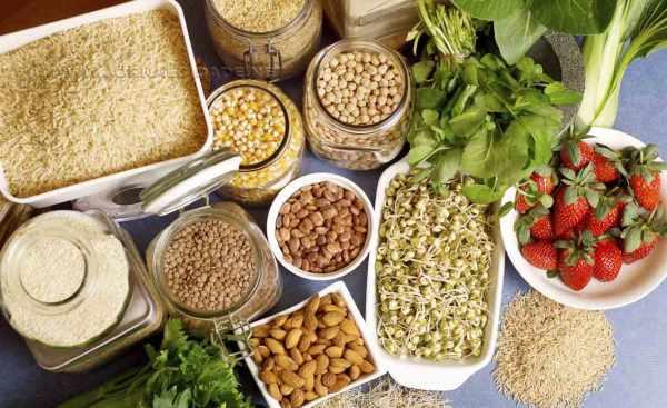 Cada vez mais em evidência, as fibras alimentares estão entre os itens indispensáveis de uma alimentação balanceada, a ingestão adequada também favorece a prevenção de doenças crônicas.