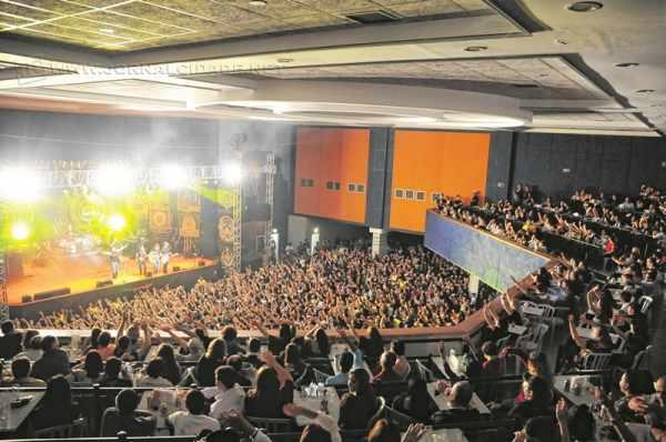 Com um calendário recheado de atividades para todo tipo de público, o Grêmio recebe shows mensalmente (Imagem: Foto Flores)