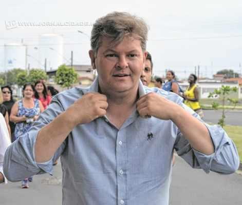 Com orgulho da origem humilde, João Teixeira Júnior - o Juninho da Padaria foi eleito com 53% dos votos válidos (foto: Flávio Hussni)