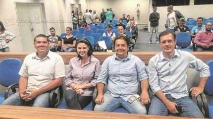 Novos vereadores eleitos foram recepcionados na Câmara