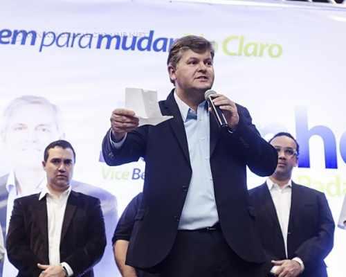 O prefeito eleito de Rio Claro, Juninho da Padaria, do Democratas
