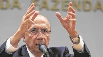 Henrique Meirelles comemorou a arrecadação e afirmou que 'vai significar uma ajuda muito relevante e crucial para os Estados (Valter Campanato/Agência Brasil)