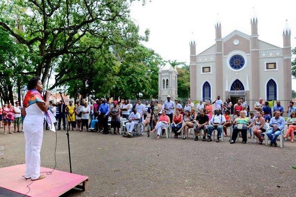 Neste ano, a celebração acontece na Matriz de São João Batista, localizada no Centro de Rio Claro, mas em 2015 a missa foi realizada na Praça de São Benedito, na Rua 9 entre as avenidas 13 e 15