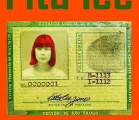 A capa do livro foi criada por Rita Lee, com uma foto de seu primeiro e único RG, de 1966