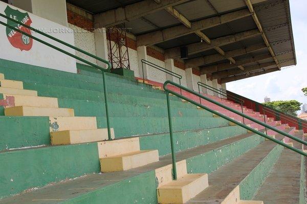 Estádio do Galo Vermelho: Benito Agnelo Castellano, o Benitão