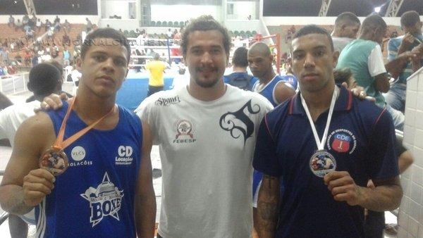 FOCO, FORÇA E FÉ!: com as vitórias, ambos os lutadores garantiram a Bolsa Atleta, incentivo do Governo Federal aos esportistas