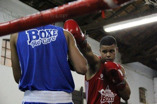 ÊXITO: o boxeador foi Campeão Brasileiro entre os cadetes [quinze anos], em 2013, e, agora, tenta conseguir o título na divisão Juvenil
