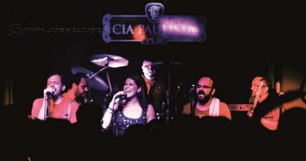 """O tradicional show da banda Forffé acontece nesta sexta-feira (23), a partir das 23 horas, no Cia Paulista Pub, localizado na Rua 2, 2.880, na Vila Operária, anexo ao Centro Cultural """"Roberto Palmari"""", em Rio Claro."""