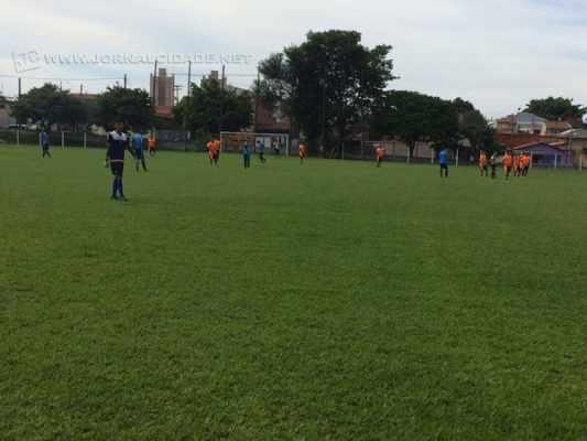 PREPARAÇÃO: na última sexta-feira (23), os garotos venceram um jogo-treino contra o XV de Piracicaba por 4X1 na Lagoa Seca