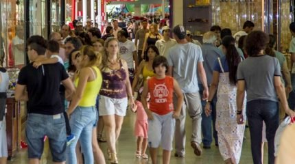 Em horário especial, o Shopping Rio Claro oferece opções de presentes, alimentação e diversão para toda a família de Rio Claro e região