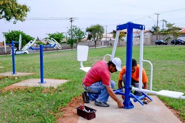 CIDADANIA: cabe lembrar que a manutenção periódica não garante o funcionamento, pois cabe à sociedade zelar pelos equipamentos