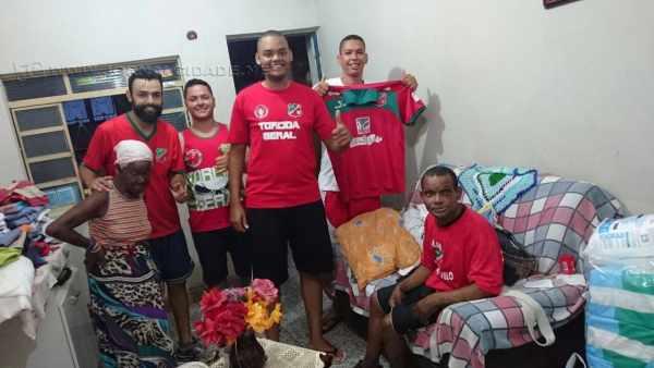 Torcida Geral do Velo Clube realiza partida beneficente em prol de Chopa