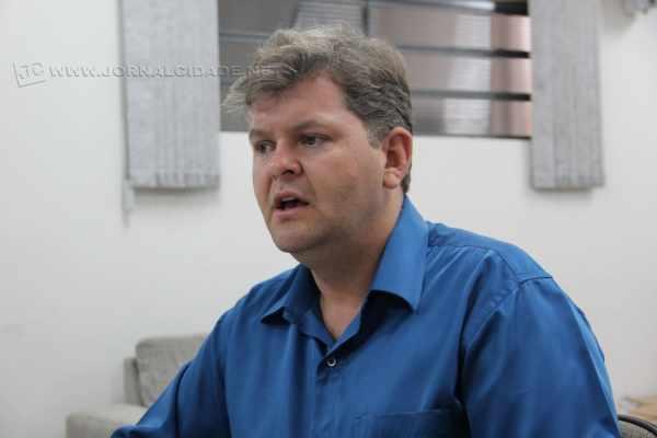 Prefeito Juninho da Padaria nomeia para o segundo escalão ex-funcionários do governo de Dermeval da Fonseca Nevoeiro Jr. (DEM)