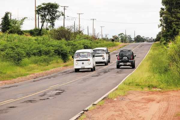 Não é de hoje que os motoristas que transitam pela estrada municipal Jácomo Bincoletto, que liga Rio Claro ao distrito de Ajapi, se queixam dos problemas da via pública.