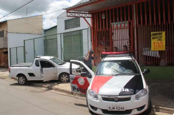 Matheus de Pinho Gomes, de 19 anos, foi morto com tiro na região da cabeça no início da tarde.