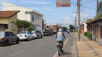 Rua 6-A é uma das vias públicas mais movimentadas do município de Rio Claro e liga a zona norte com a região central da cidade