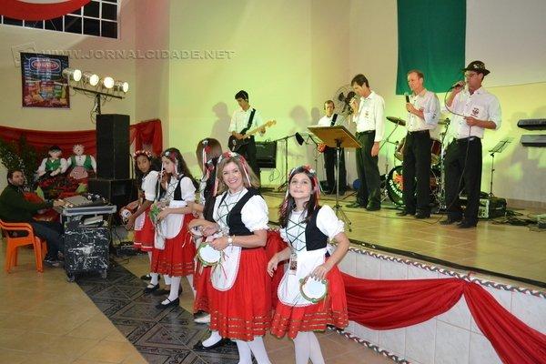 Tradicional festa está em sua sexta edição e recebe grande público a cada ano